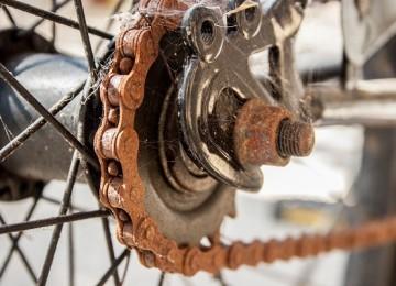 Как убрать ржавчину с руля и цепи велосипеда