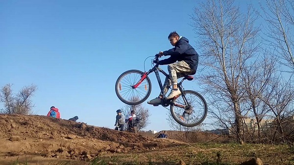 инструкция выполнения прыжка на велосипеде
