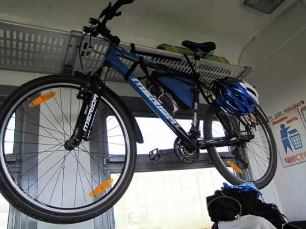размещение велосипеда в электричке