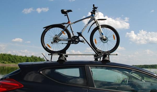 велосипед на крыше авто