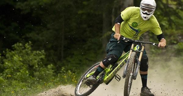 процесс торможения велосипеда