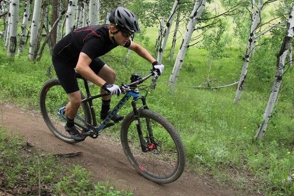 велосипед-найнер и невысокий рост велосипедиста