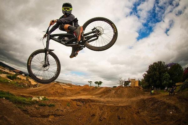 Dirt-jumping