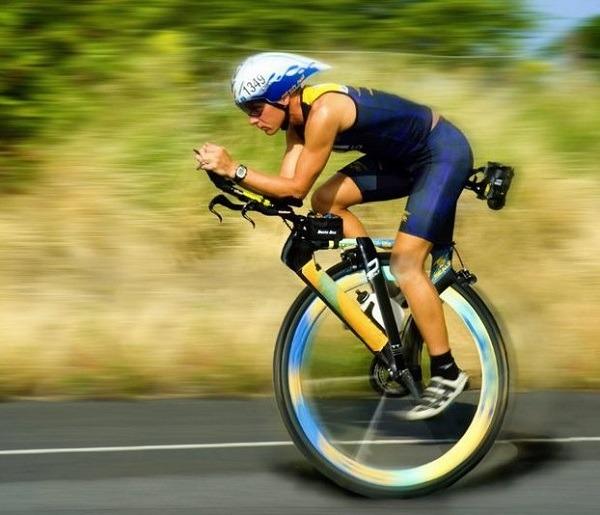 стиль езды на моноцикле