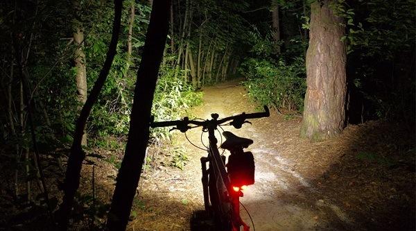 Передний свет для велосипеда