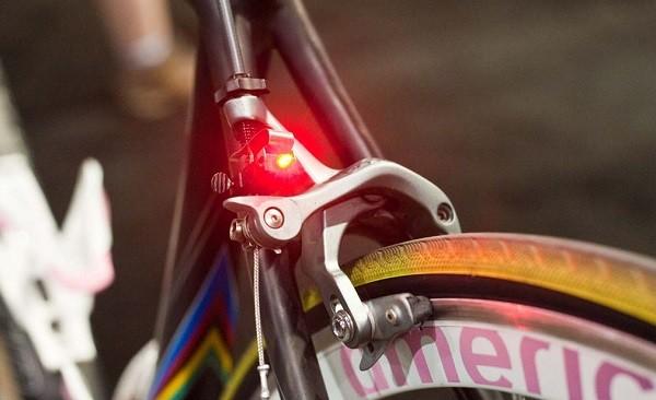 Что такое стоп сигнал на велосипед