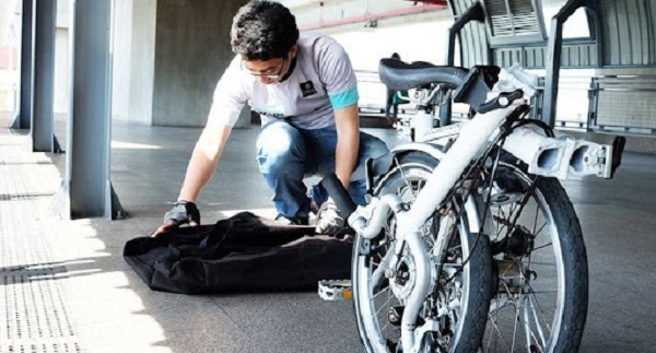 уборка велосипеда в чемодан